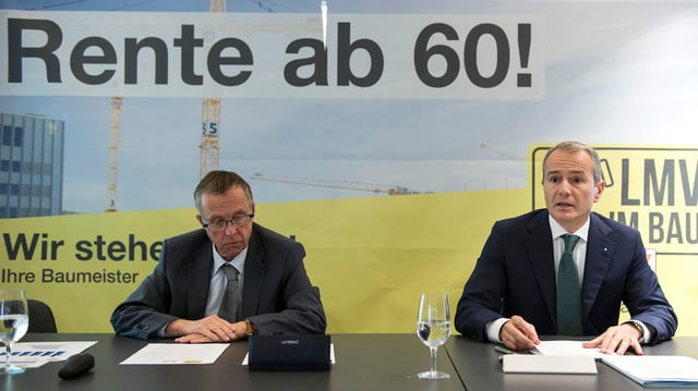 Il directur Daniel Lehmann ed il president Gian-Luca Lardi da la Societad Svizra dals Impressaris-Constructurs