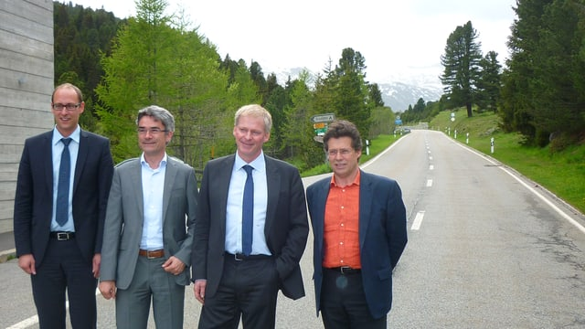da san: Martin Candinas (Pro Lucmagn), Mario Cavigelli (reg GR), Claudio Zali (reg TI), Matteo Baggi (Pro Lucmagn)