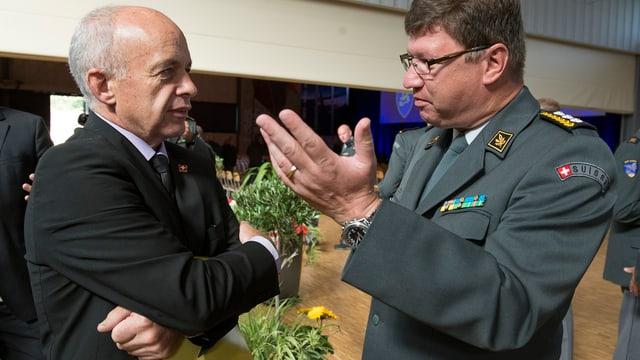 Ueli Maurer und Aldo Schellenberg im Gespräch