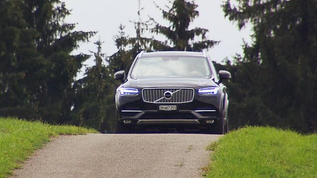 Video «Echte Schweden, Volvo XC90, Ändu's Saabine» abspielen