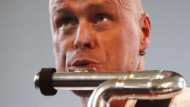 Gebhard Ullmann an der Bassklarinette