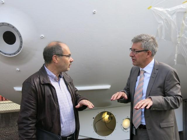 Daniel Geissmann und Martin Bütikofer vor dem Mésoscaphe