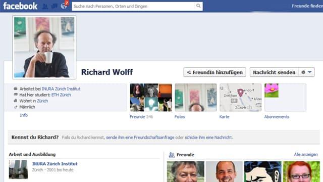 Richard Wolff ist bis jetzt lediglich auf Facebook.