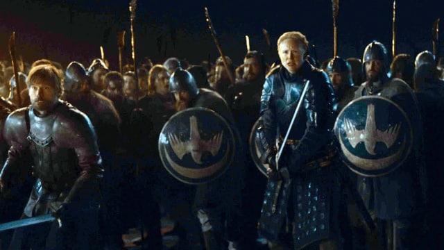 Eine Reihe von Soldaten kurz vor dem Kampf.