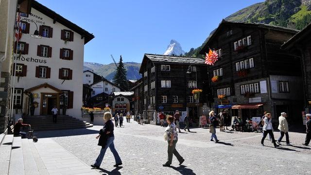 Dorfplatz Zermatt.