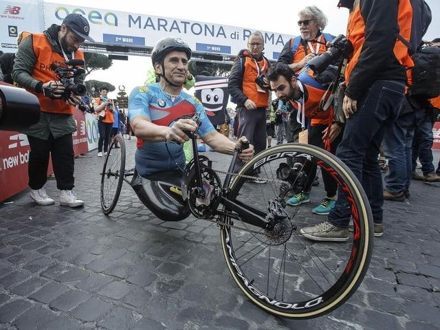 Alessandro Zanardi auf einem Handbike