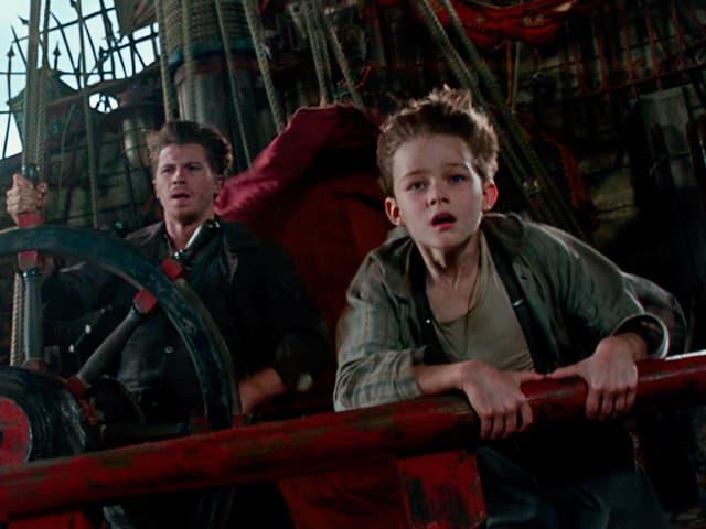 Peter Pan auf dem fliegeden Schiff.
