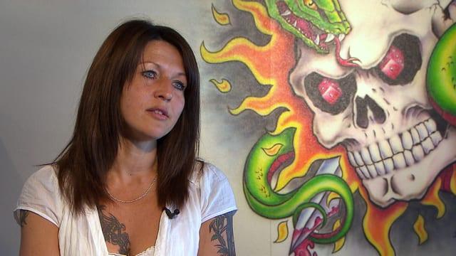 Video «Tattoo» abspielen