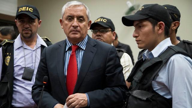 Otto Pérez sa chatta actualmain en arrest d'inquisiziun.