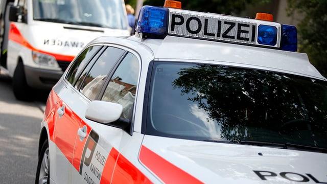 Parkierte Polizeifahrzeuge der Kantonspolizei Solothurn