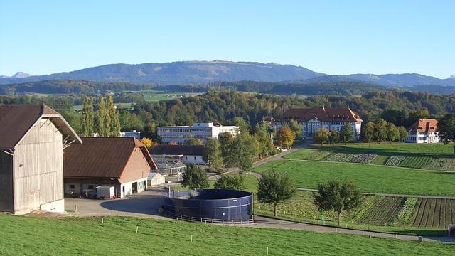 Doppeljubiläum für das landwirtschaftliche Institut Grangeneuve in Hauterive (FR)
