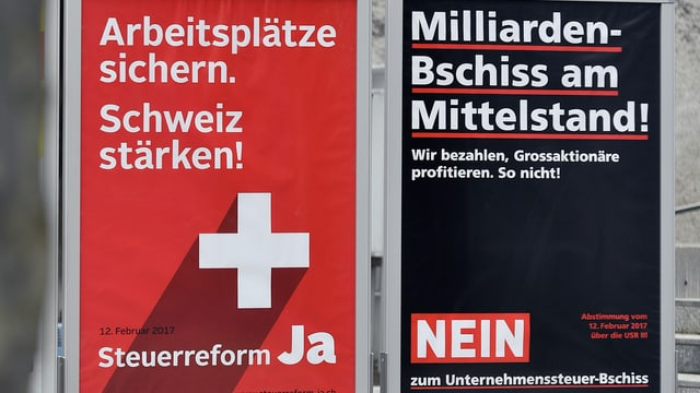 Plakate.