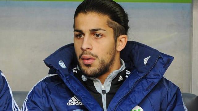 Ricardo Rodriguez auf der Ersatzbank.