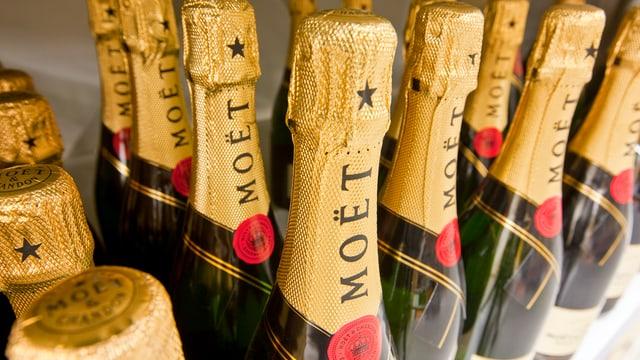 Champagnerflaschen.