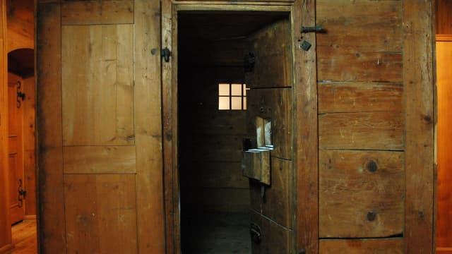 Eine sogenannte Beugehaftzelle, wie sie früher üblich war.