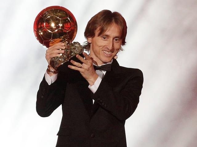 Luka Modric mit dem «Ballon d'Or»