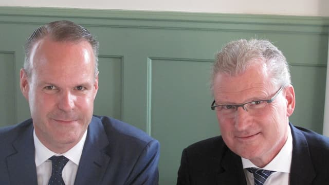 Die beiden bisherigen SVP-Regierungsräte Stephan Schleiss und Heinz Tännler.