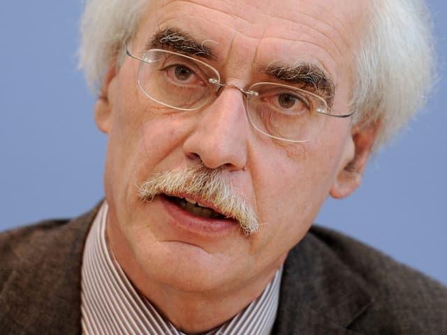 Reinhard Schulze im Porträt.