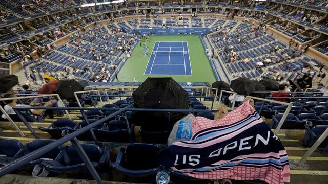 Federer und Zemlja mussten in der Kabine bleiben.