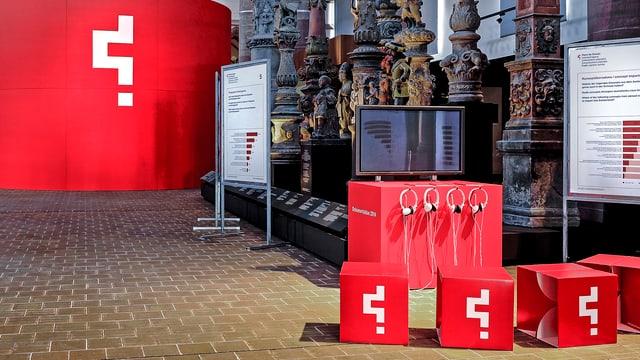 Audiostationen in der Ausstellung.