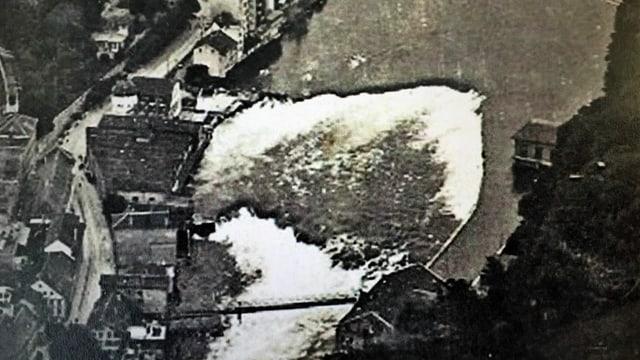 Luftaufnahme vom Rhein