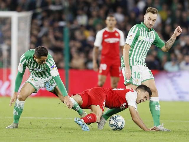 In einem Derby geht es bekanntlich immer heiss zu. Als besonders leidenschaftlich gilt aber Sevillas Stadtderby. Und mit genau dieser Affiche startet die Primera División am Donnerstag um 22 Uhr: FC Sevilla - Betis Sevilla – natürlich ohne Fans.