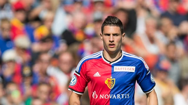 Il defensur intern dal FCB, Fabian Schär.