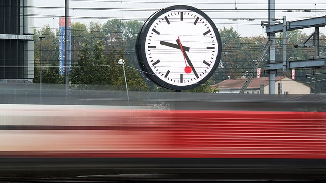 Ura da SBB e tren.