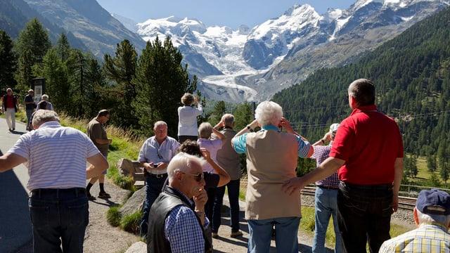 Wanderer in den Bündner Bergen