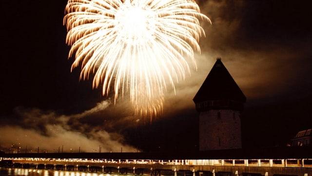 Feuerwerk über der Stadt Luzern