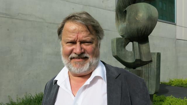 Portrait von Roman Brotbeck.
