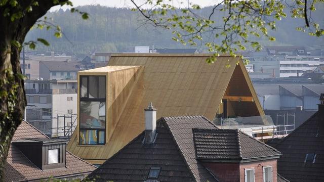 Goldenes Dach von Olten: Zu grosse Lukarnen und zu auffällige Farbe.