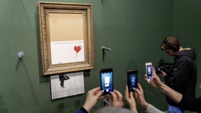 «Girl with Balloon» war Banksys bisher erfolgreichstes Werk. Durch das Schreddern wurde es zu «Love is in the Bin», hier gezeigt in der Staatsgalerie Stuttgart.
