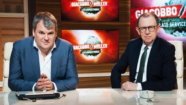 Viktor Giacobbo und Mike Müller im Studio