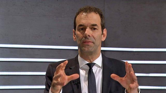 Matthias Oesch am Expertentisch.