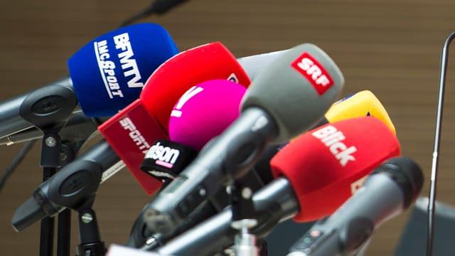 Video «SRG und Private – wer profitiert vom neuen Mediengesetz?» abspielen