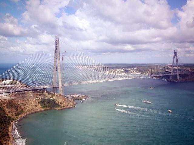Totale auf eine Brücke