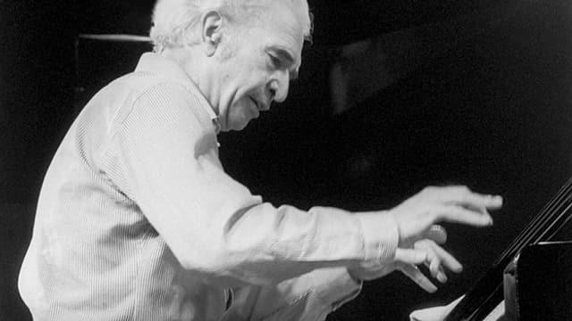 Dave Brubeck am Klavier am Jazzfestival in Montreux 1988.