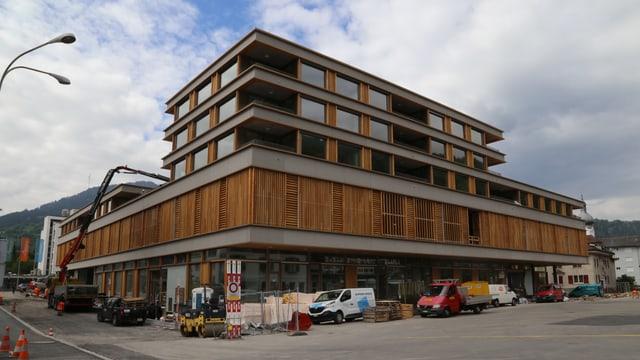 Il nov «Center Marcau» a Glion.