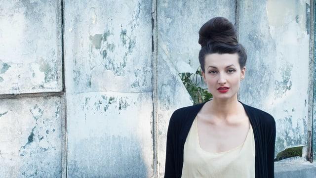 Ein Porträt von Simone Lappert.