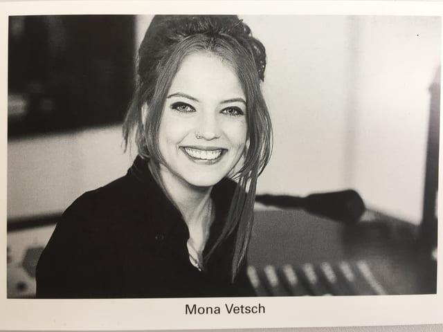 Mona Vetsch Autogrammkarte.
