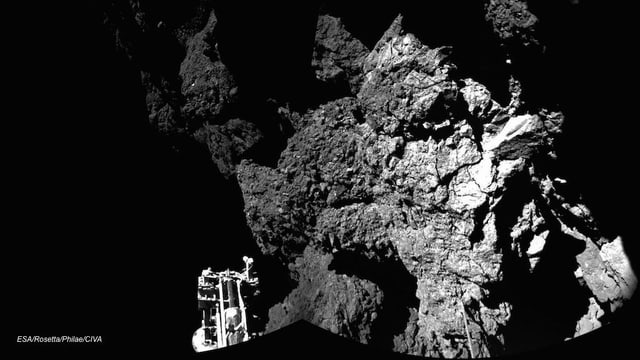 Zerklüftete Oberfläche des Komenten «67P».