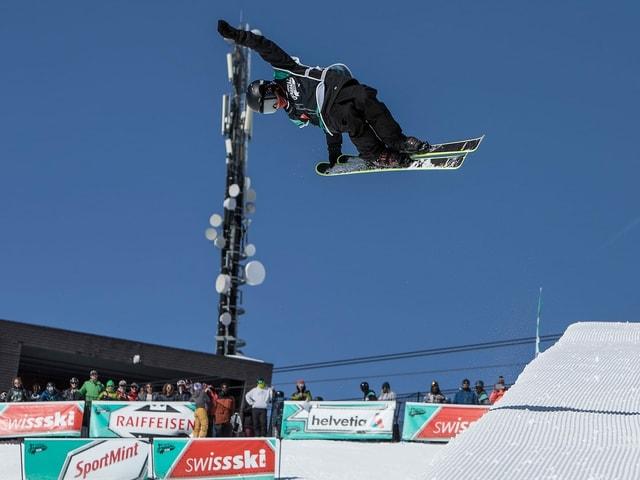 Nicola Bolinger vid ir cun skis