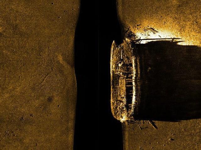 Sonaraufnahme eines Schiffswracks.
