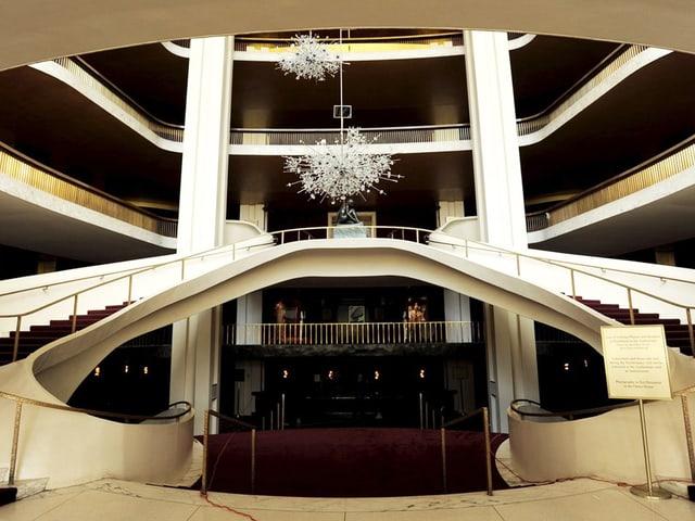 Eingangshalle einer Oper