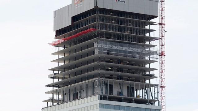 Der Roche-Turm im Bau, aufgenommen im Juli 2014.