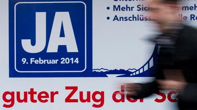 Plakat wirbt für Ja zur Fabi-Vorlage.