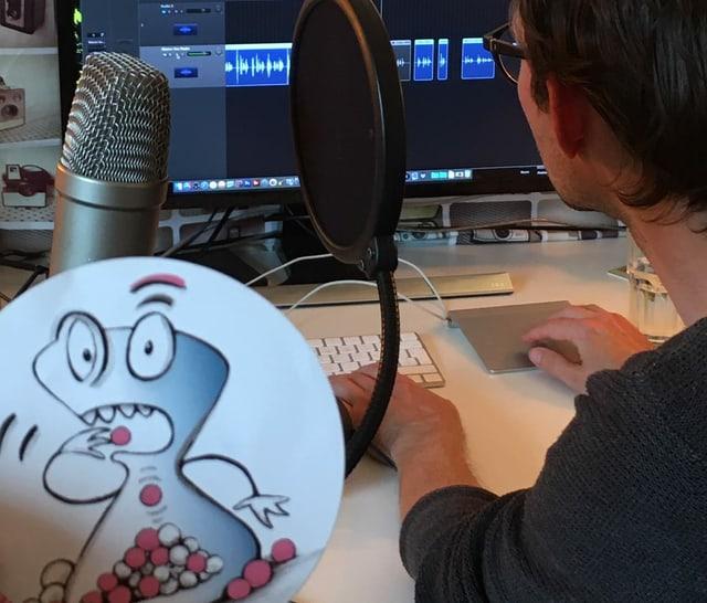 Eine Person im Studio