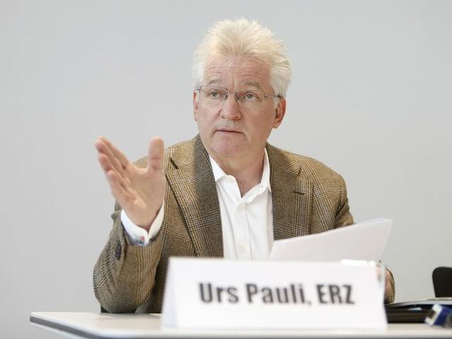 Portrait des ehemaligen ERZ-Direktors Urs Pauli.