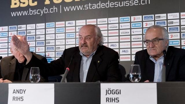 Andy Rihs und Jöggi Rihs bei einer Medienkonferenz